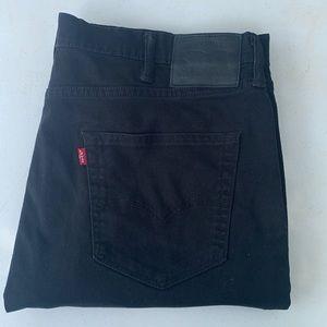 Men Levi Jean size 38x30 style 522
